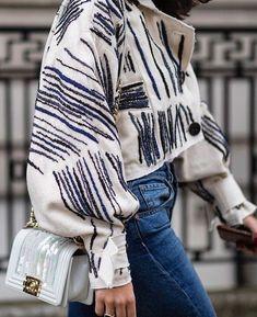 25 classy women knitwear outfit inspirations ideas Source by tessarosenstein women dress Look Fashion, Fashion Details, Winter Fashion, Feminine Fashion, Quirky Fashion, Classy Fashion, Young Fashion, Petite Fashion, Cheap Fashion