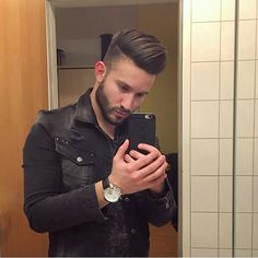 New trendy mens hairstyles! Trendy Mens Hairstyles, Elegant Hairstyles, Cool Haircuts, Haircuts For Men, Men's Hairstyles, Hair And Beard Styles, Short Hair Styles, Hair Trends 2015, Great Hair