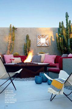 Palm Springs  #colorful #patio