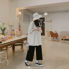 Korean Fashion Trends, Korean Street Fashion, Korea Fashion, Asian Fashion, Look Fashion, Fashion Fall, Fashion Men, Classy Fashion, Party Fashion