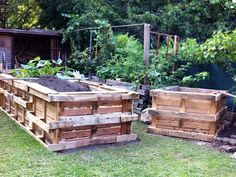 upcycling plant bed and old crates on pinterest. Black Bedroom Furniture Sets. Home Design Ideas