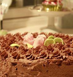 Gry´s Kjøkkenskriverier: God gammeldags Tropisk aroma An old fashion cake Norwegian Food, Let Them Eat Cake, Nom Nom, Cake Recipes, Cake Decorating, Food And Drink, Sweets, God, Cookies