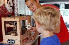 I maker che incontrano la Scuola: possibili percorsi d'innovazione