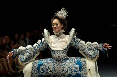 Guo Pei Stunned The Audience With Her Arabian 1002th Night Haute Couture Fashion Show At FIDé Fashion Week 2013 ~ Huney'Z World