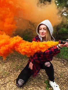 Looking for a way to improve your photography skills? Shutter Bombs take your photoshoots to the next level 😎💨 Photography Software, Free Photography, Photography Equipment, Portrait Photography, Senior Photos, Senior Portraits, Rauch Fotografie, Smoke Bomb Photography, Vera Cruz
