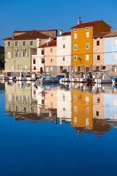 Croacia ♥ Croatia Cres old Town harbour with small local fising boats, Cres Island, Croatia Visit Croatia, Croatia Travel, Best Countries In Europe, Poland Cities, Croatian Islands, Plitvice Lakes National Park, Dubrovnik Croatia, European Destination, Montenegro