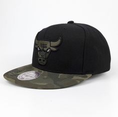 online store 2ad0c ef0d9 Mitchell   Ness Snapback Basecap Chigago Bulls NBA Basketball schwarz camo