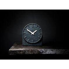 LEFF amsterdam Felt Two klok. Een leuke klok voor in de woonkamer of slaapkamer. @leffamsterdam #klok #klokken #design #Flinders