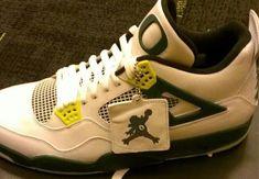 hot sale online b284b 8a47a Air Jordan 4 Oregon Ducks PE Jordan 4, Jordan Retro, Custom Jordans, Oregon