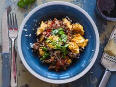 """One-pot"" pasta - Ida Gran Jansen One Pot Pasta, Bolognese, Dumplings, Beef, Ethnic Recipes, Food, Meat, Essen, Meals"