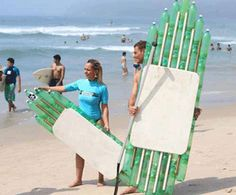 Check out this awesome DIY surfboard created out of recycled plastic bottles making it's rounds in Brazil!