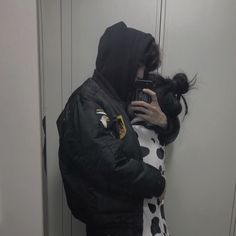 Uploaded by kin find images and videos about couple ulzzang Cute Couples Photos, Cute Couples Goals, Couple Pictures, Emo Couples, Relationship Goals Pictures, Cute Relationships, Photo Couple, Love Couple, Couple Ulzzang