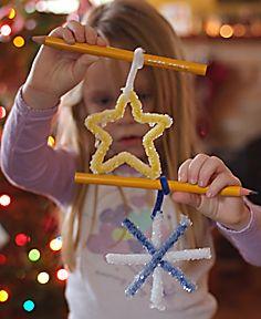Winter Crystal Shapes Preschool Craft Preschool Themes, Preschool Crafts, Preschool Readiness, Daycare Crafts, Preschool Science, Fun Crafts, Christmas Crafts, Crafts For Kids, Borax Crafts