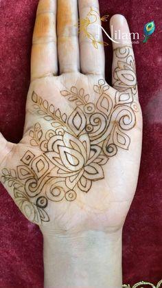 Modern Henna Designs, Henna Art Designs, Wedding Mehndi Designs, Daughter Love Quotes, Cute Couples Kissing, Beautiful Mehndi, Mehendi, Fasion, All Art