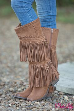 If you adore fringe, you have to have these beautiful new boots!