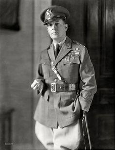 Douglas MacArthur: 1930