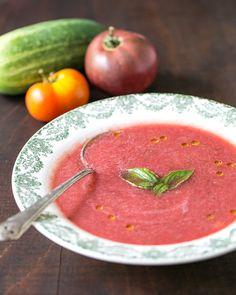 Gaspacho de melancia, uma entrada deliciosa para este tempo quente (para mim é uma entrada e uma saída)
