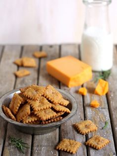 Sweet Potato Cheddar Crackers. Easy and healthy, perfect for an after school snack! completelydelicious.com