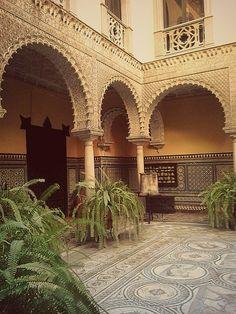 Patio central del Palacio de Lebrija.