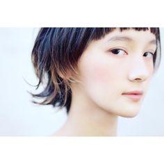 いいね!169件、コメント2件 ― Hironori Okadaさん(@hironori_okada)のInstagramアカウント: 「 . 美美美 . #マッシュウルフ セミウェットVer. . #メイク #アイシャドウ #チーク #リップ はローズ系で統一 . #透明感 #ナチュラルメイク #マッシュボブ #美女…」