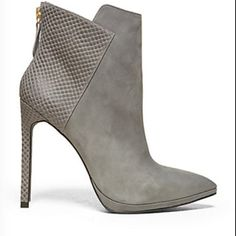 8075295f8aa3 Shop Women s Steven by Steve Madden size Shoes at a discounted price at  Poshmark. Description  Grey Steven by Steve Madden bootie. Sold by  c ambitious.