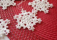 Crochet snowflake Hanging ornaments White winter crochet decorations White snowflakes