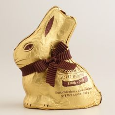 Our delightful Lindt Dark Chocolate Gold Bunny brings a taste of Swiss chocolate that's perfect for the season. Swiss Chocolate, Lindt Gold Bunny, Seasonal Food, Unique Recipes, Jack Frost, Seasons, Gifts, Lindor, Pastries