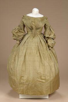 Silk dress (without matching pelerine), ca. 1840.