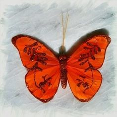 BOUTIQUE Accessories - NEW Bright Orange Glittery Butterfly Hair Clip