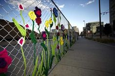 6 Decorated Chain Link Fences » Curbly | DIY Design Community