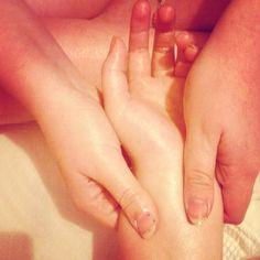 who wants a massage?  #massage  #bffl  #hand  #arm  #silky  #relaxed  #professional  #chilled @alicekirkham  #newbusiness.   who wants a massage?  #massage  #bffl  #hand  #arm  #silky  #relaxed  #professional  #chilled @alicekirkham  #newbusiness.