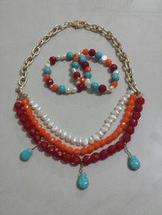 Collar y pulseras. Necklace and bracelet