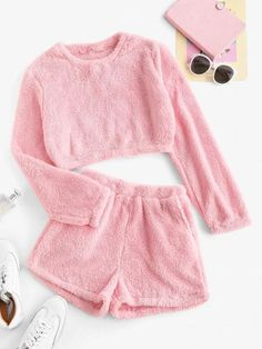 Cute Lazy Outfits, Crop Top Outfits, Trendy Outfits, Cool Outfits, Cute Pajama Sets, Cute Pajamas, Cute Pjs, Girls Fashion Clothes, Teen Fashion Outfits