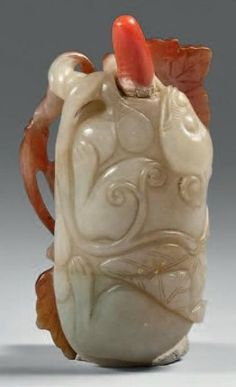 Carved stone snuff bottle - China