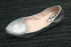 Bloch Evelyn Argento Silver Heart Front #BalletPump #girlsshoes