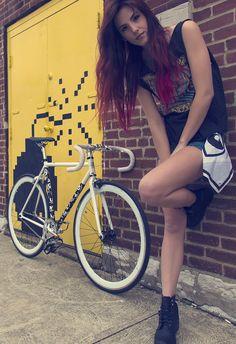 "FIXED GEAR GIRL TAIWAN: girl bike)  """