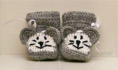 Mahtavaa uuden vuoden alkua kaikille! Aloitetaan vuosi julkaisemalla toivottu virkkausohje =) Kiitos teille ihanat lukijat kulunee... Baby Knitting Patterns, Knitting Socks, Diy And Crafts, Knit Crochet, Baby Shoes, Kids, Baby Things, Crocheting, Food