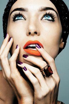 { Tangerine orange lipstick }