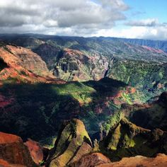 Forget the Grand Canyon - head to Waimea Canyon in #Hawaii. Photo courtesy of luisfern5 on Instagram.