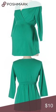 """Motherhood green maternity top, size medium Motherhood green maternity top. 3/4 sleeves; deep v-neck; 3/4 sleeves. Size medium-30"""" Chest, 24"""" Length. 60% Cotton, 36% Modal, 4% Spandex. This item is in gently used condition. Has a mark or two that may come out in the laundry. From smoke-free home. (Added 5/20/18; BOX9) Motherhood Maternity Tops"""