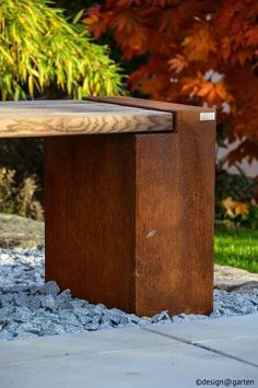 Teak Outdoor Benches : Add a finishing touch to your garden with an outdoor bench and relax in comfort.