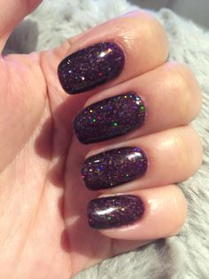 Cnd shellac rock royalty with Nordic lights - so sparkly! ❤️