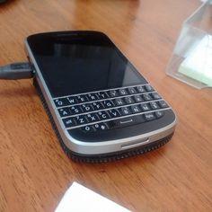 "#inst10 #ReGram @bichoev07: #blackberry ...... #BlackBerryClubs #BlackBerryPhotos #BBer ....... #OldBlackBerry #NewBlackBerry ....... #BlackBerryMobile #BBMobile #BBMobileUS #BBMobileCA ....... #RIM #QWERTY #Keyboard .......  70% Off More BlackBerry: "" http://ift.tt/2otBzeO ""  .......  #Hashtag "" #BlackBerryClubs "" ......."