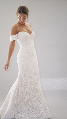 """Stephanie Allin """"Miami"""" Gorgeous Embroidered Slip Sweetheart Mermaid Wedding Dress / Bridal Gown with Spaghetti Straps and a Train. Collection """"Love Stories"""" 2019 by Stephanie Allin Beautiful Bridal Dresses, Popular Wedding Dresses, Amazing Wedding Dress, Wedding Dress Trends, Traditional Gowns, Bridal Skirts, Lace Mermaid Wedding Dress, Bride Gowns, Gowns Of Elegance"""
