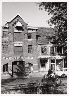 Bakkerij Bast op Grote Spui in 1970