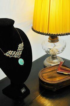 Bijoux Madame des Feuillants Madame, Table Lamp, Lighting, Home Decor, Art, Noel, Jewels, Homemade Home Decor, Table Lamps