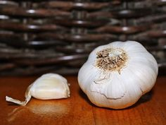 Fix This Cooking Mistake That Most People Make With Just Using Garlic