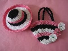 crochet swimming suit for barbie photos with free pattern.