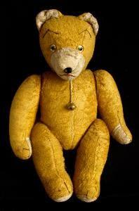 Starý plyšový medvídek s rolničkou | Aukro Old Toys, Vintage Toys, Dinosaur Stuffed Animal, Teddy Bear, Retro, Animals, Old Fashioned Toys, Animales, Animaux
