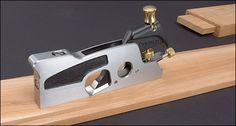 Veritas® Medium Shoulder Plane - Woodworking